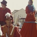 Johanna Rebolledo, Noliv' & Frieda BK - Parade on stilts and unicycle